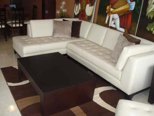 huge selection of e4b02 be97b Leather Ivory Sectional